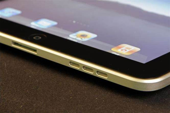 Apple chief: Tablet/PC hybrid is a Franken-fridge