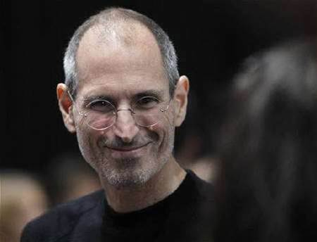Apple's Steve Jobs takes medical leave