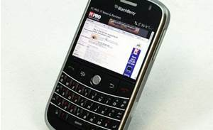 RIM offers JavaScript workaround for BlackBerry breach