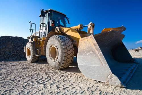 """AMD rolls out first """"Bulldozer"""" processors"""