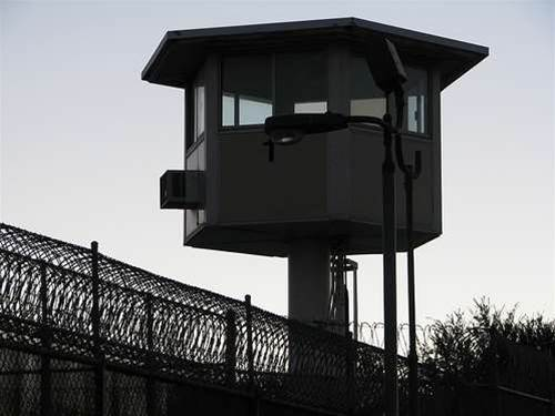 Mobile signals jammed in NSW prisons from July