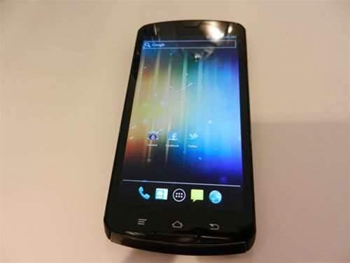 Hands on: Fujitsu's Tegra 3 quad-core smartphone