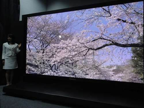 Panasonic and NHK show off prototype 145in 8K plasma TV