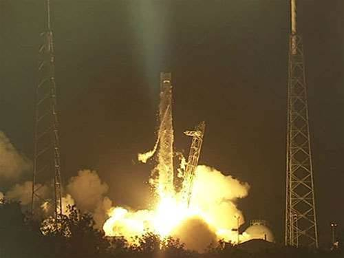 Elon Musk labels SpaceX blast 'difficult, complex failure'