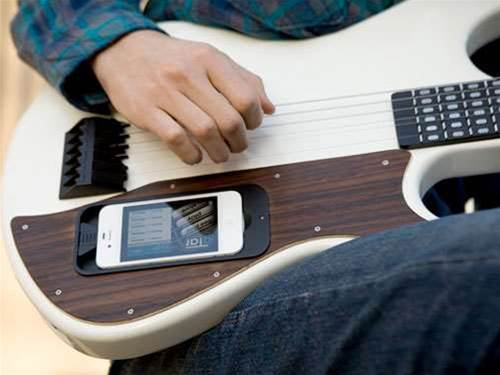 Unleash your inner Hendrix with the iPhone-powered gTar