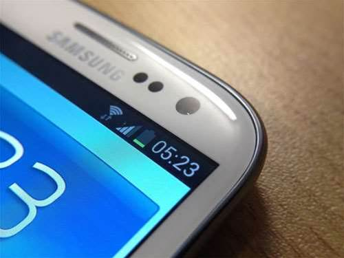 Samsung Galaxy S3 has twice the battery life of the HTC One X