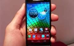 Hands on: Motorola Razr i