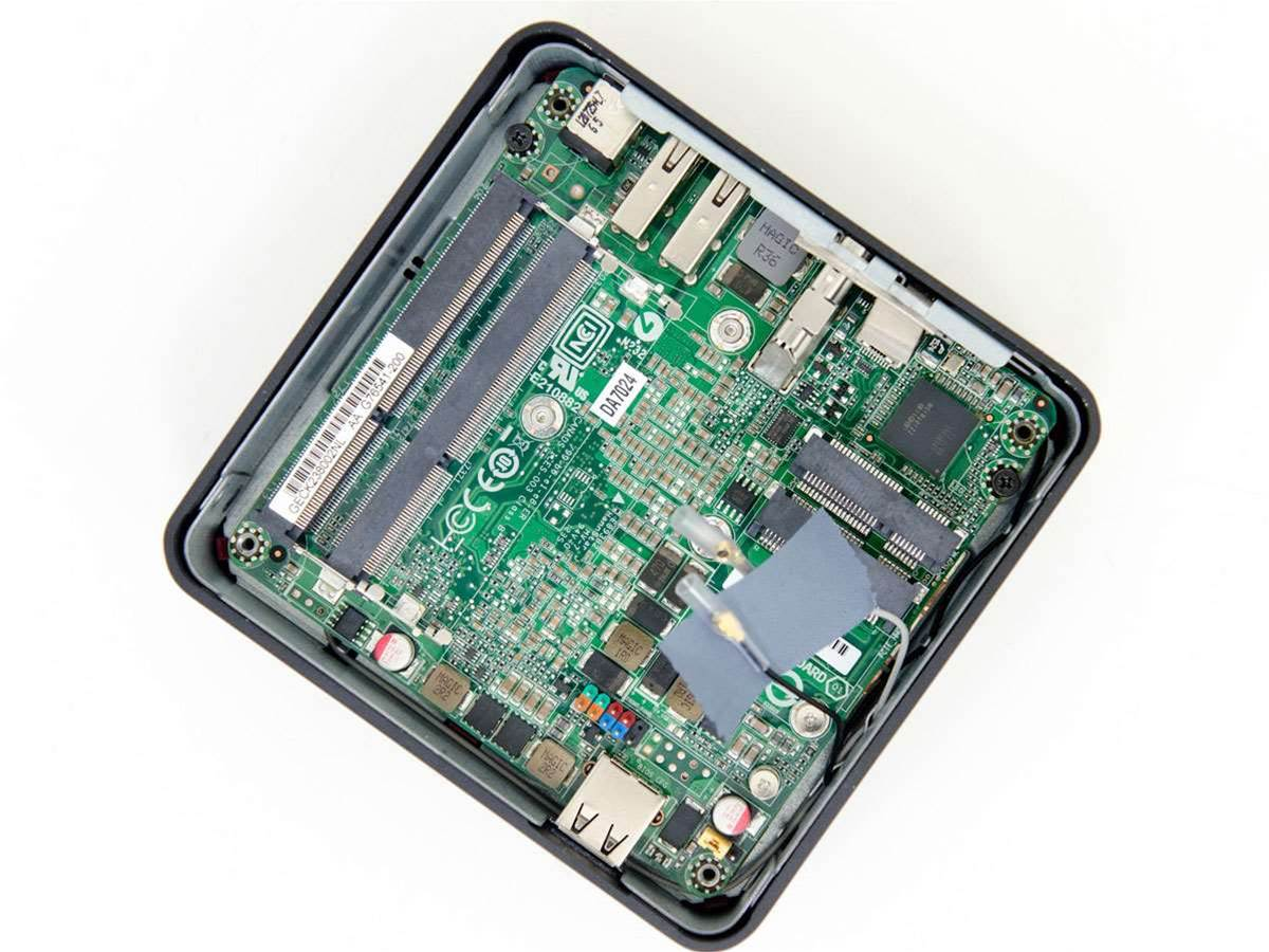 Review: Intel Next Unit of Computing