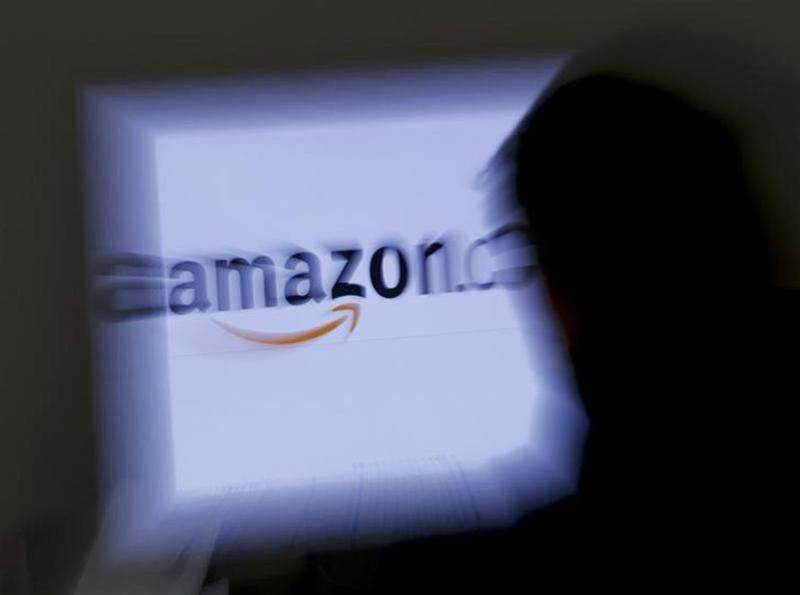 Amazon store home page suffers outage