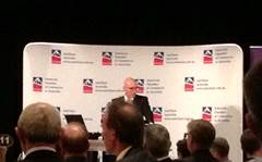 Quigley asks industry to inform NBN debate