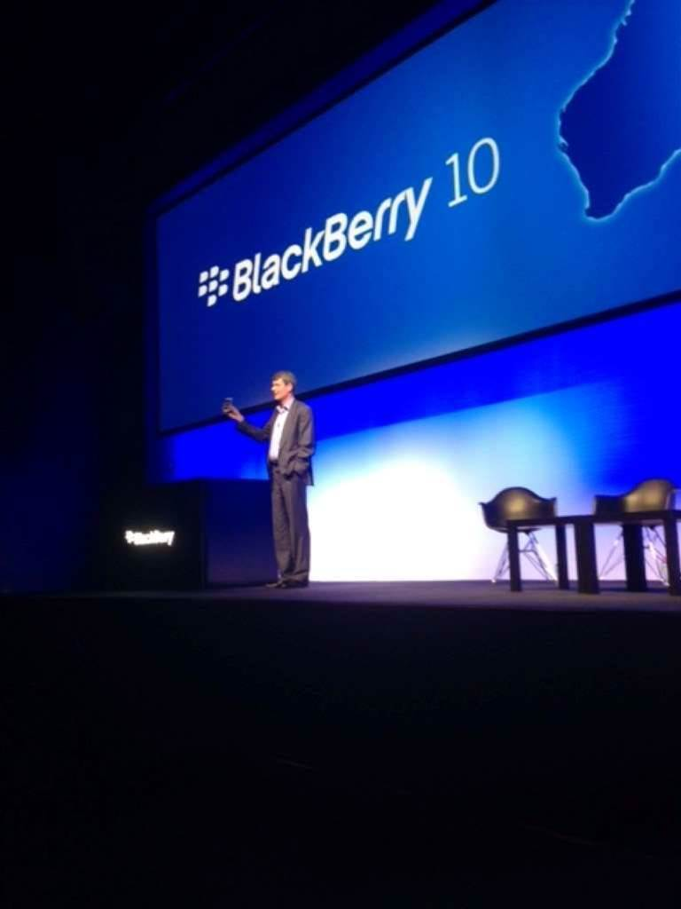BlackBerry CEO hints at new mobile direction