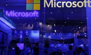 Microsoft plans big management reshuffle
