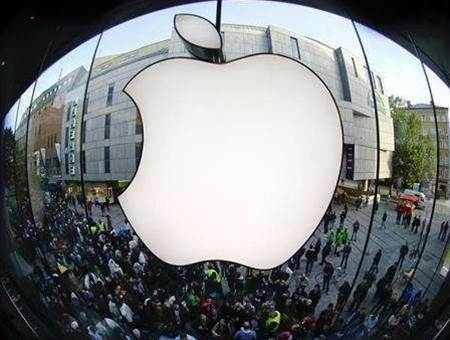 Apple favouring Apple stores at the expense of partners