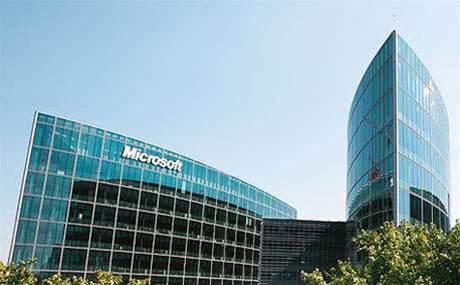 Microsoft updates Windows Azure public cloud