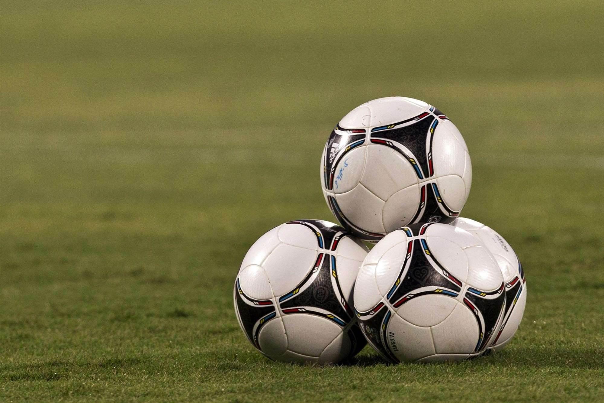 Fan clashes mar Brazilian league fixture