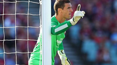 Wanderers re-sign Covic and Cole