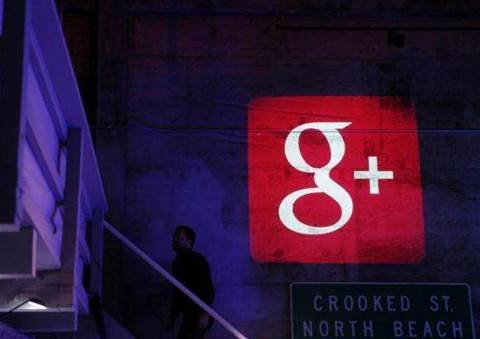 Google opens Gmail to strangers by default