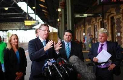 Vic Premier says 'greedy' telcos should improve city train coverage