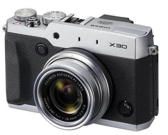 New Fujifilm X30 is a premium compact