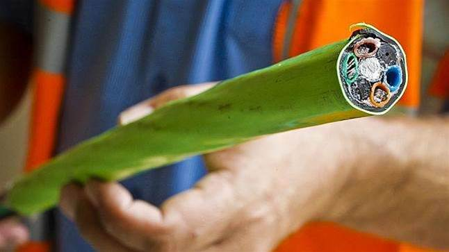 NBN to deploy skinnier fibre to lower build costs