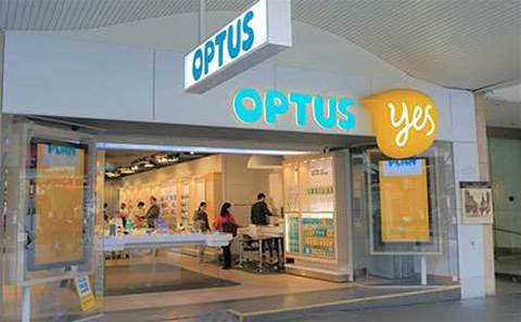 Optus staff threatened over Arabic advert
