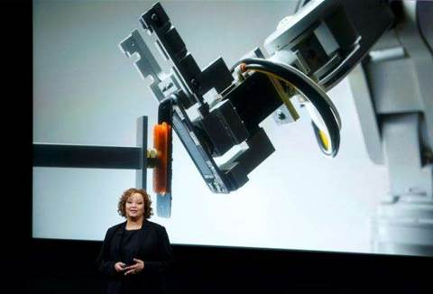 Apple recycling robot will take apart iPhones