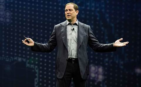 Cisco CEO admits talks with VMware about aligning SDN