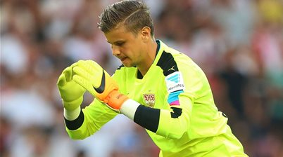 Halloran edges Langerak in Germany