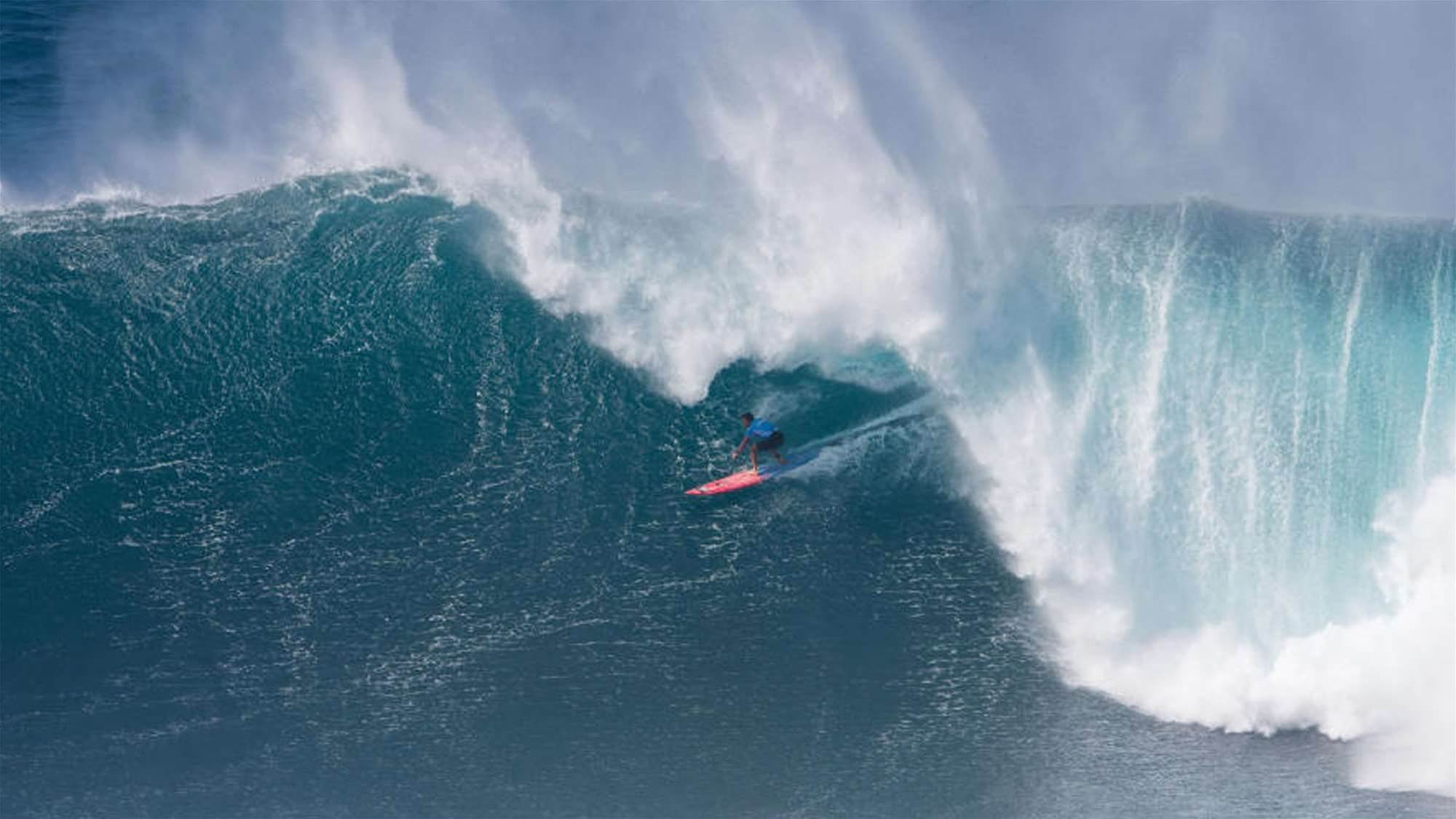 Kemper The Barrel King Claims his second Pe'ahi Challenge