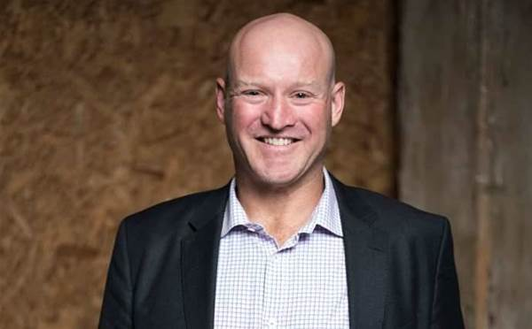 Amid Oracle deal, NetSuite's Australian boss defects to SugarCRM