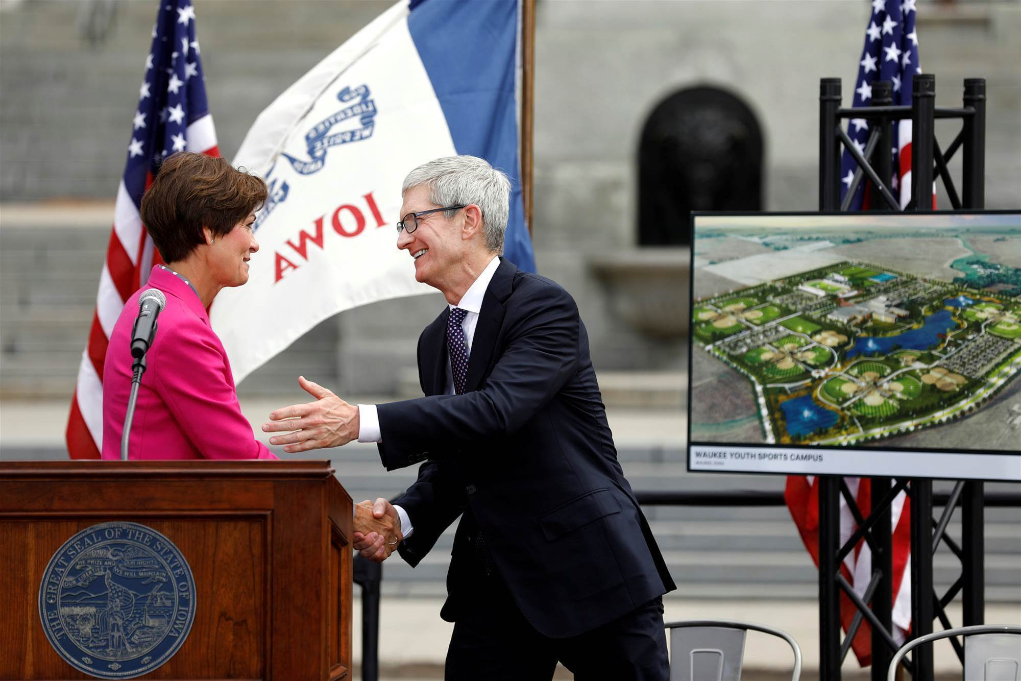 Apple to get $263m in incentives for building Iowa data centre