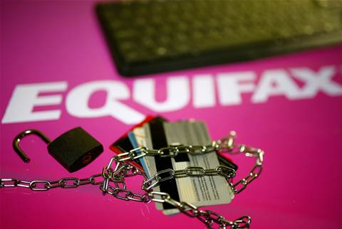 Equifax faces new cyber scare, takes down suspicious site