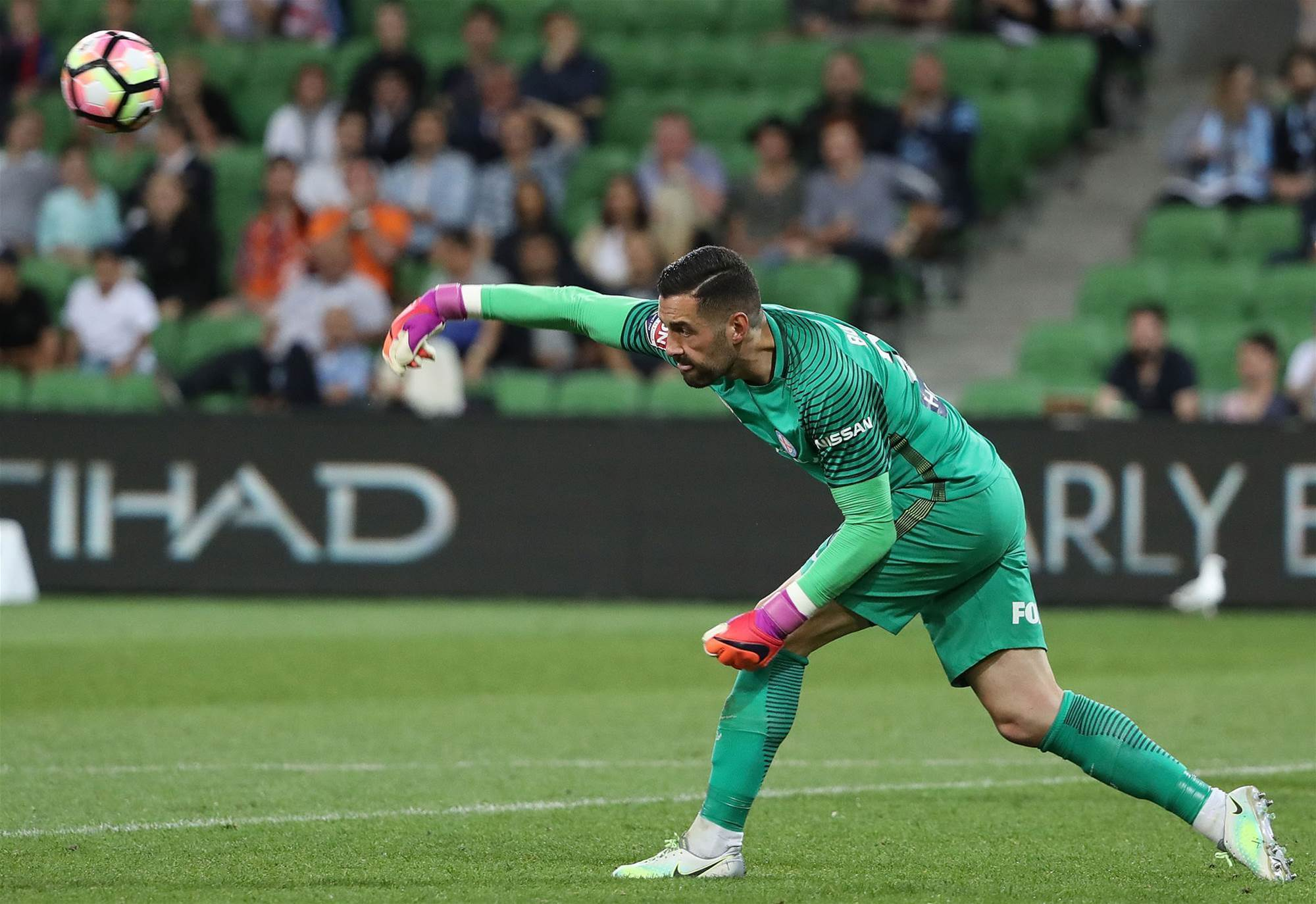 City re-sign goalkeeper