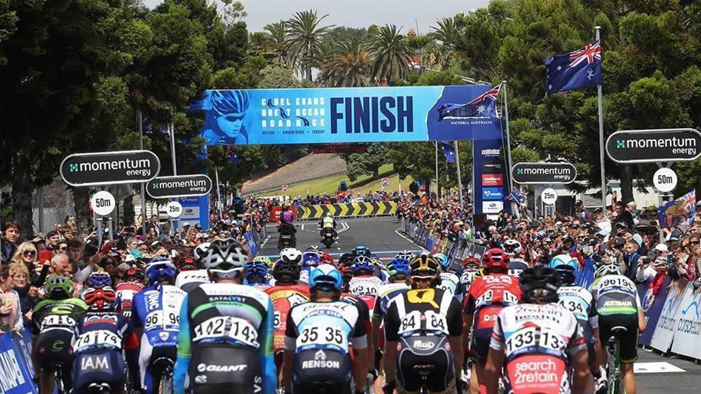 Nikias Arndt wins thrilling Cadel Evans Great Ocean Road Race