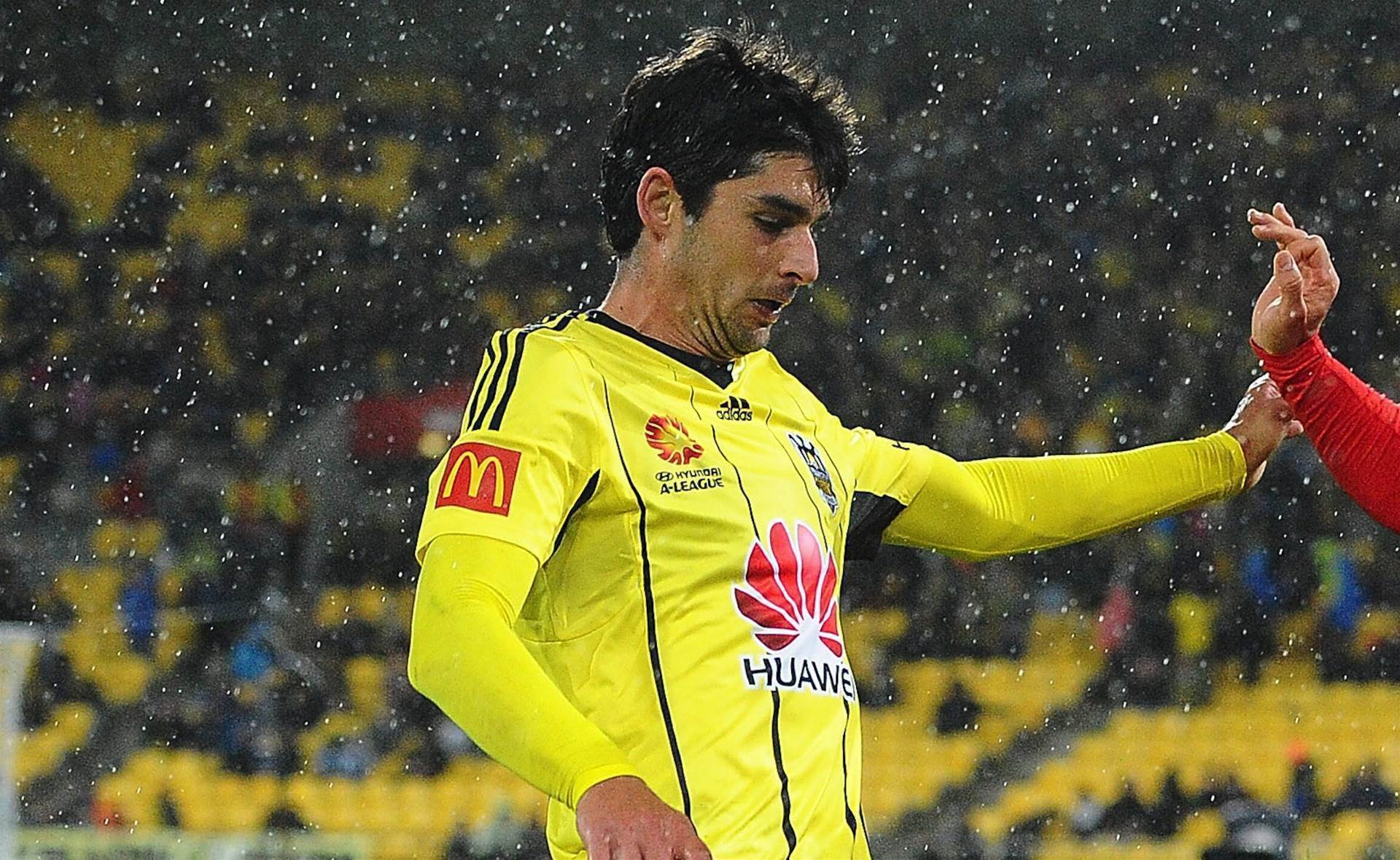Finkler out, Nix friendly no nuisance