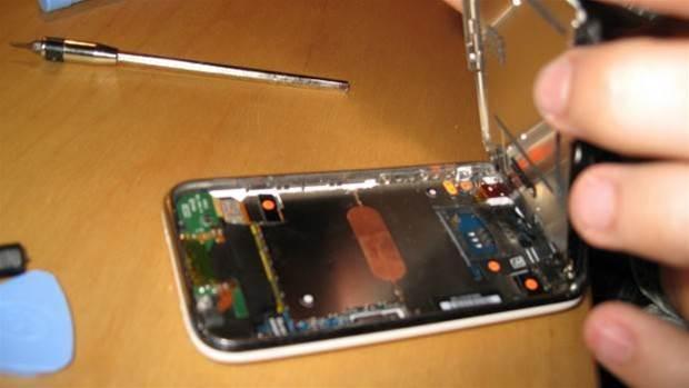 "Apple will fight proposed ""right to repair"" legislation"