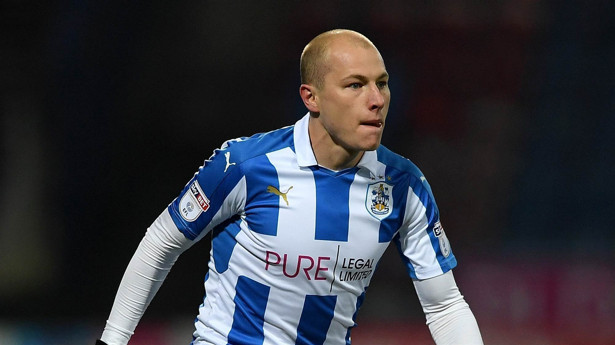 Mooy on target for Huddersfield