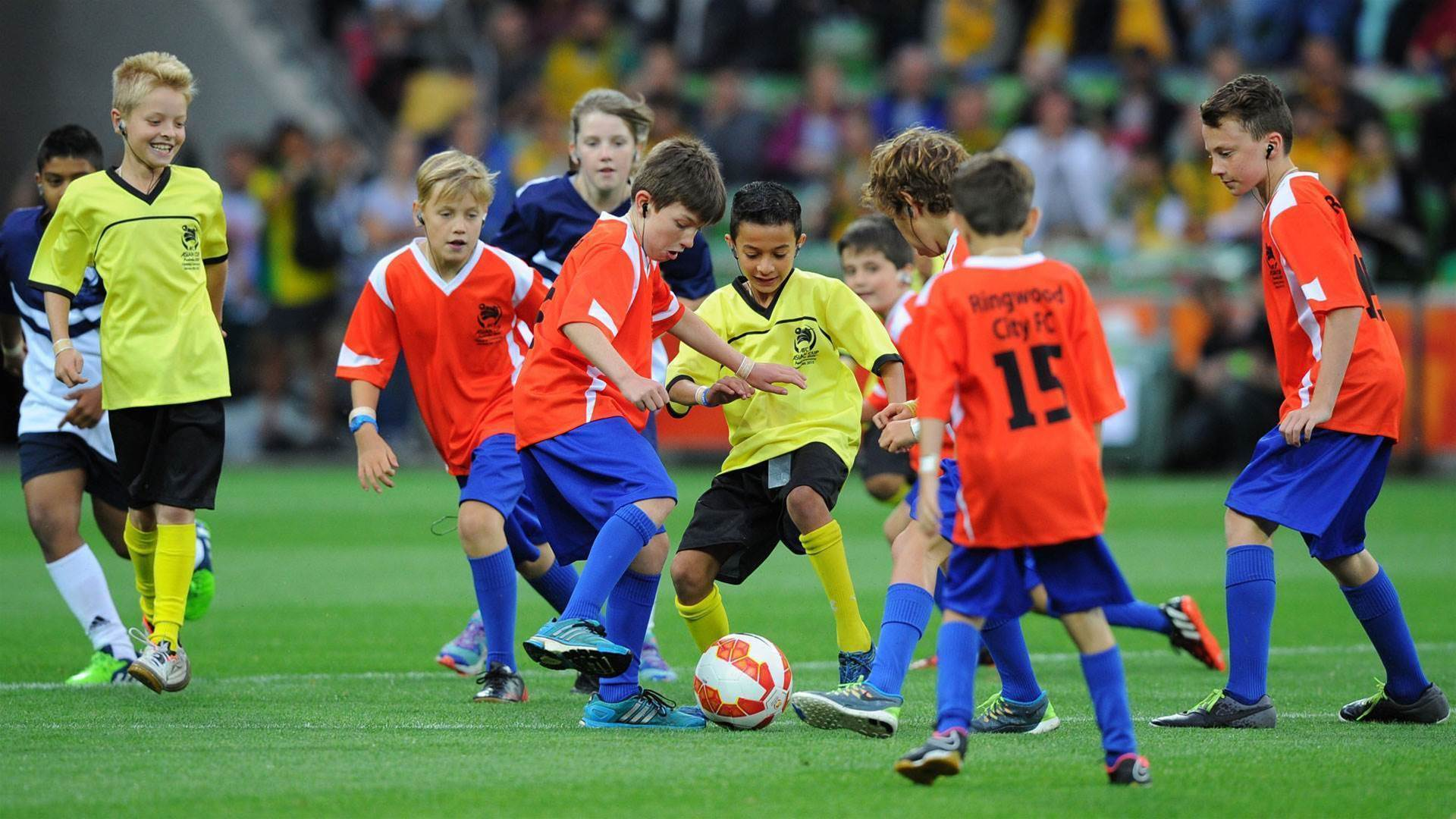Vote for your Clubbies grassroots football finalists