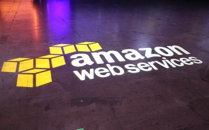Amazon Web Services hunts for Microsoft sales lead