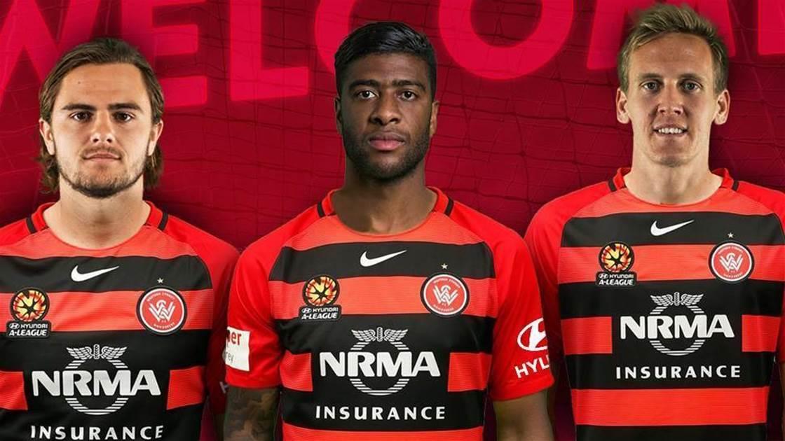 Wanderers sign gun trio