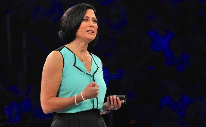 Gavriella Schuster on why Microsoft's a better cloud partner than Amazon