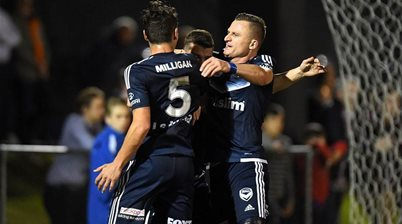 FFA Cup wrap: Victory demolish Roar