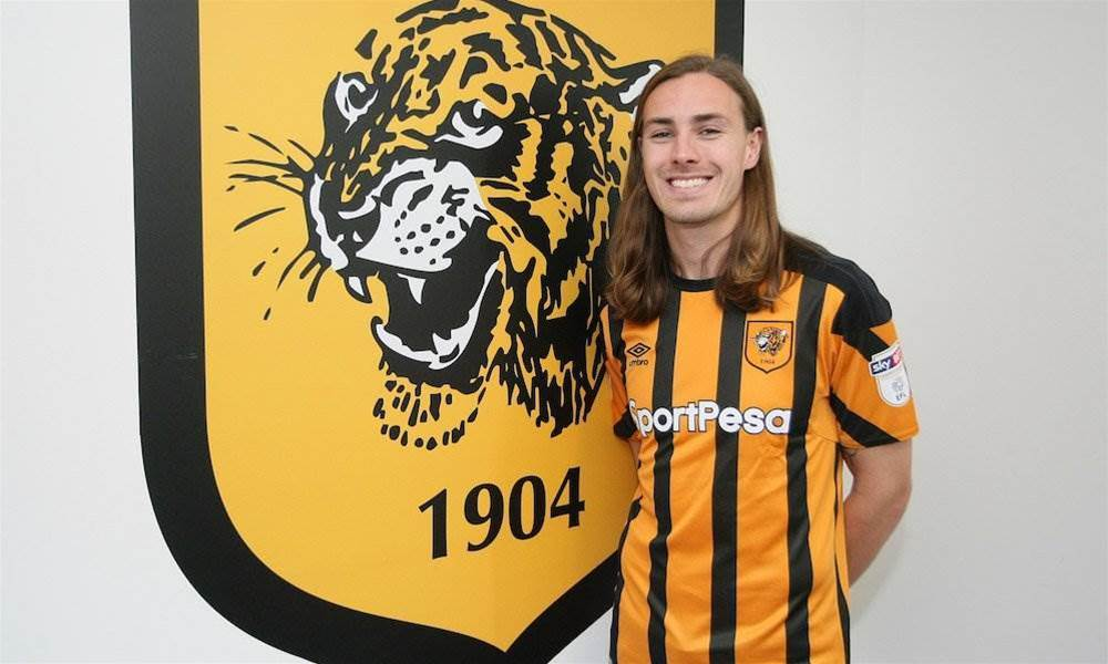 Irvine seals Hull City deal