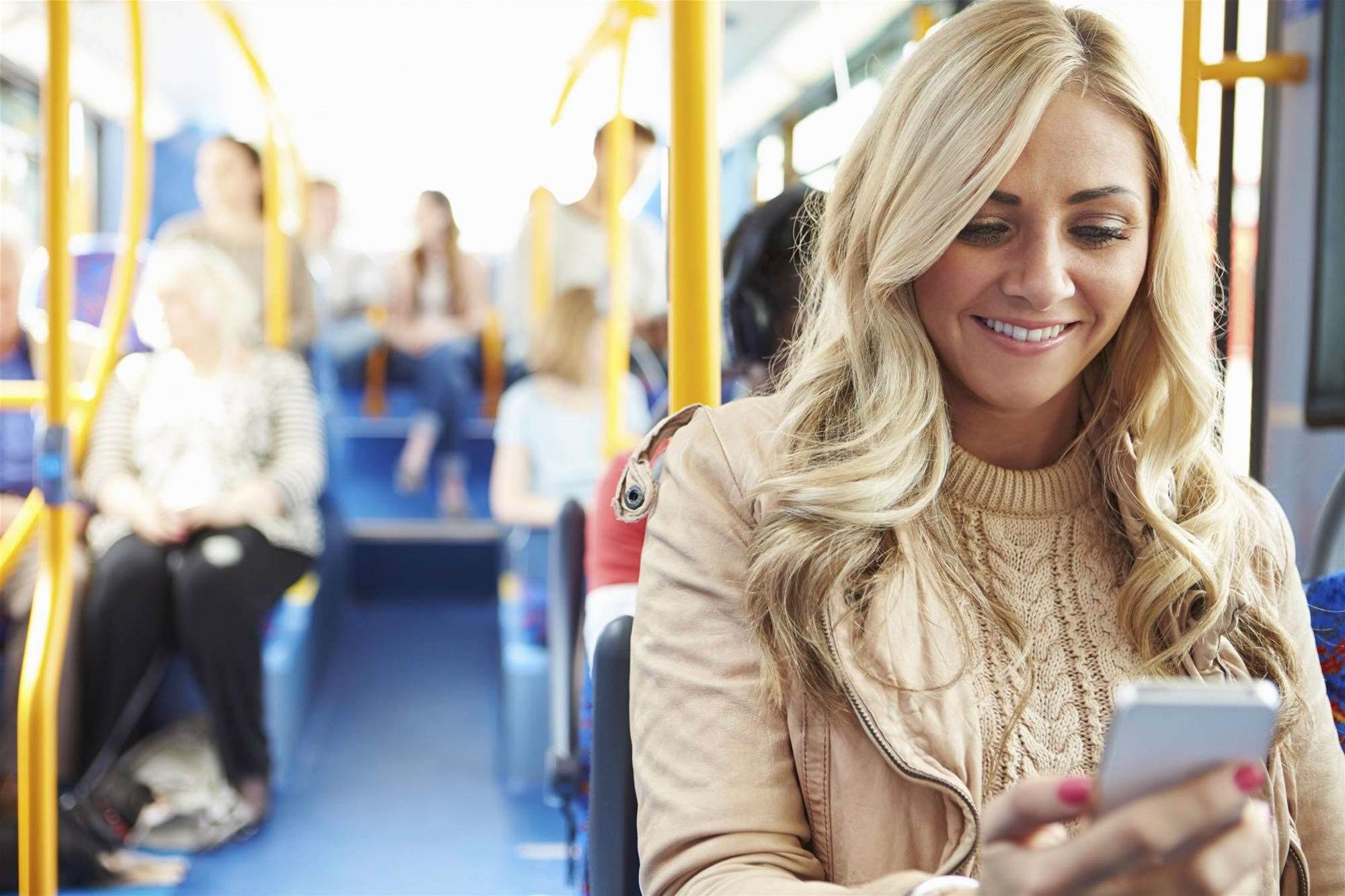 Telstra expands 700 MHz LTE network