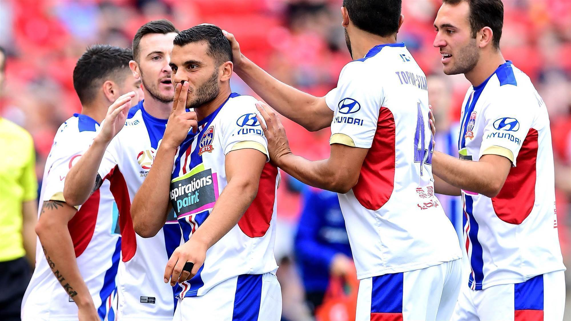 Newcastle Jets continue barnstorming run against Adelaide