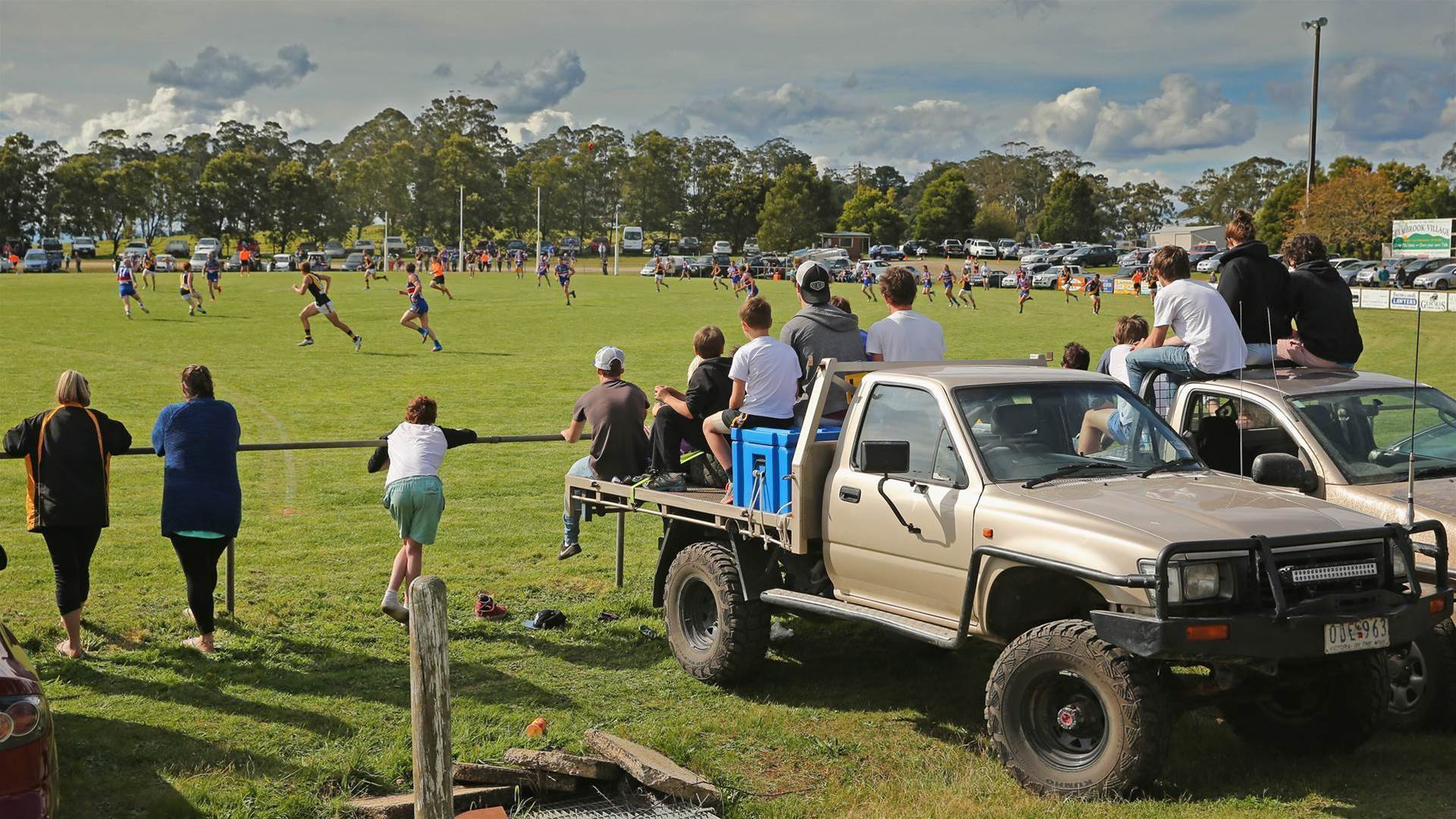 A game in a paddock: thoughts on footy in the country