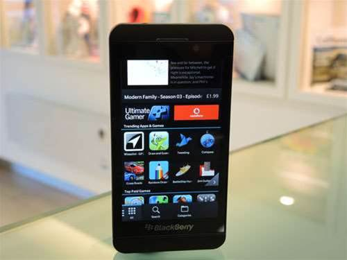 Telstra announces plans for new Blackberry Z10 phone