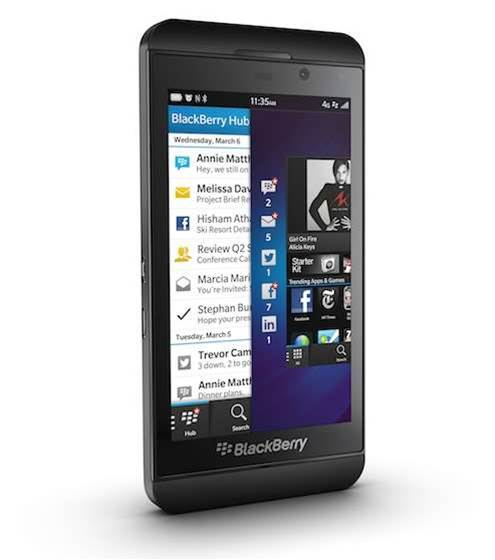 BlackBerry exits smartphone making with outsourcing plan