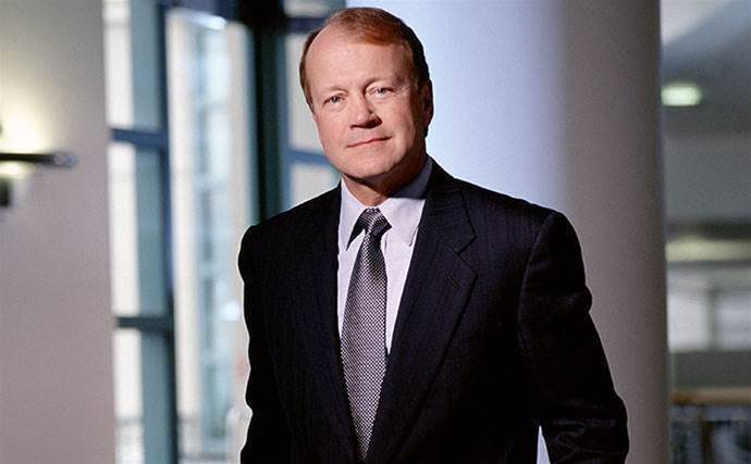 John Chambers will not seek re-election as Cisco chairman, leaving after more than two decades