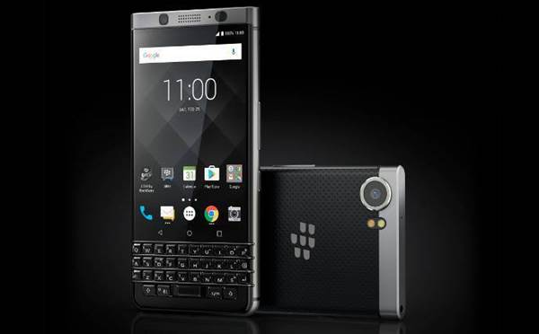 TCL keeps BlackBerry smartphones alive with new KEYone